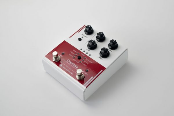 Overture Programmable Overdrive Pedal - Angle view